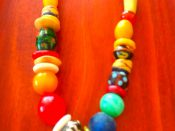 bead necklace by Carrolle